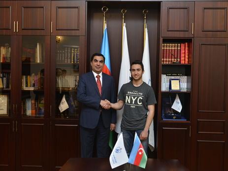 Абитуриент, набравший 700 баллов: «БВШН – один из самых престижных вузов Азербайджана»