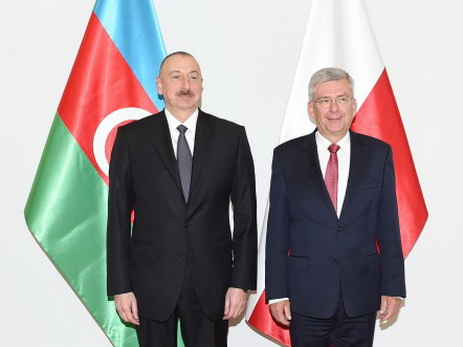 Президент Азербайджана встретился с маршалом Сената Польши — ФОТО