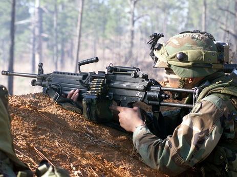 ВС Армении из минометов и крупнокалиберных пулеметов обстреляли азербайджанские позиции