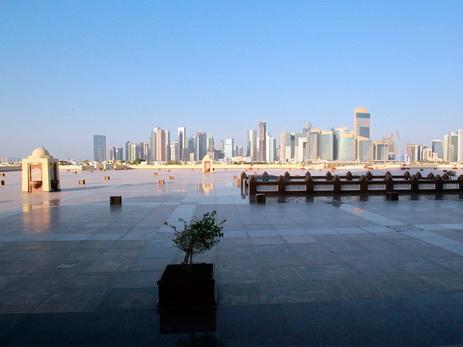 Саудовская Аравия, ОАЭ и Бахрейн требуют от Катара возвращения банковских депозитов