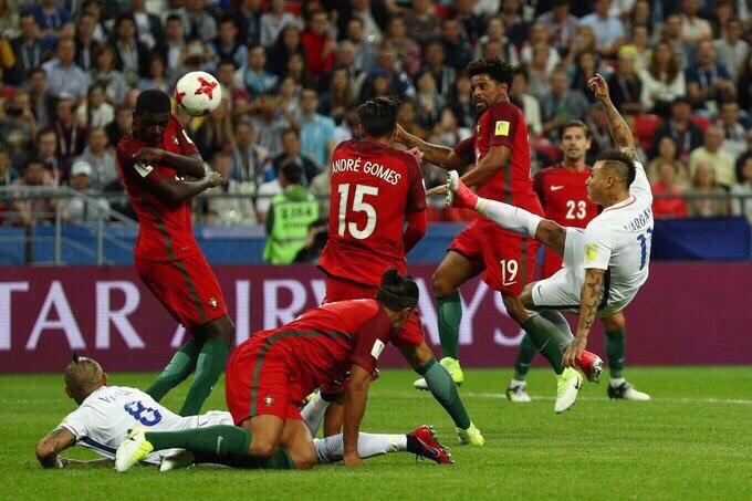 Сборная Чили по пенальти победила Португалию и вышла в финал Кубка конфедераций — ФОТО — ВИДЕО