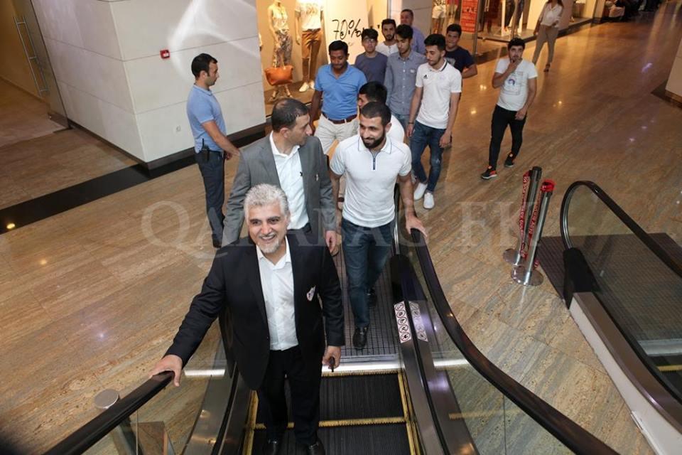 В ТЦ «Парк Бульвар» открылся фан-шоп «Карабаха» — ФОТО