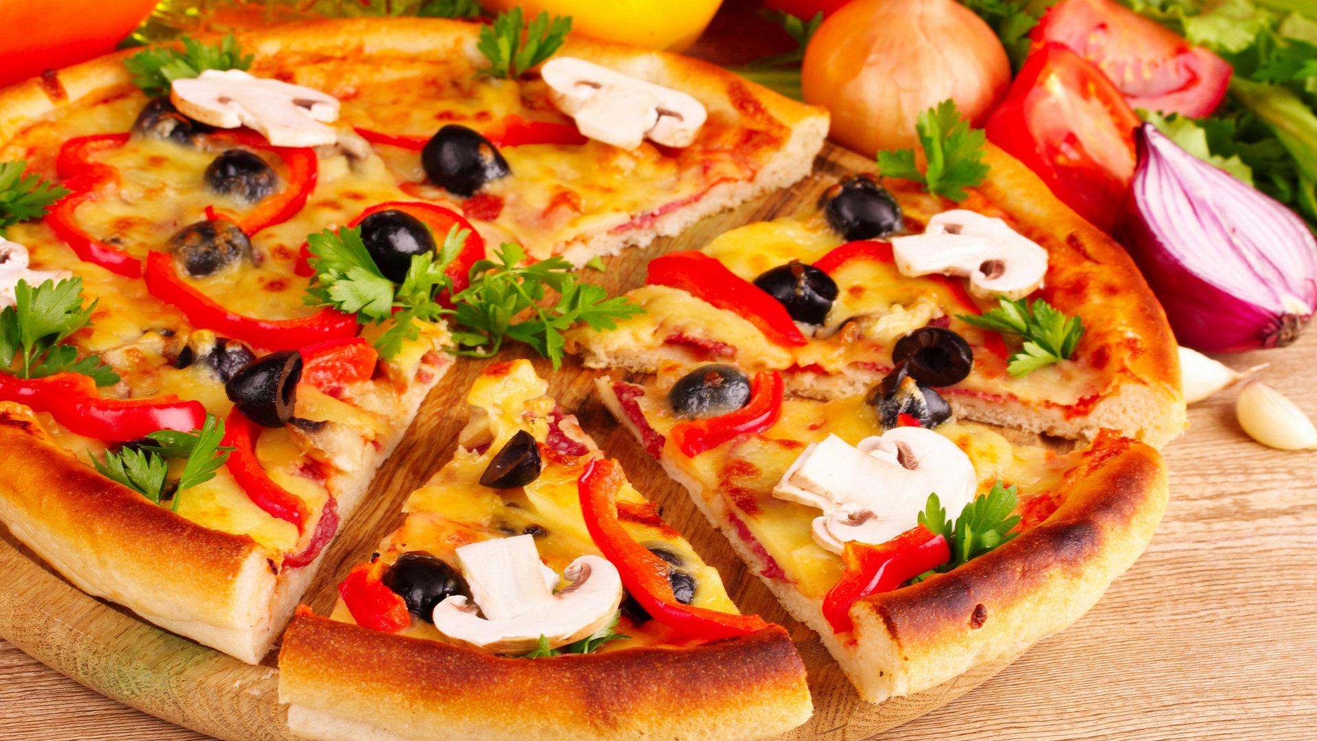 Доставка пиццы и роллов в Белгороде в течение 30 минут