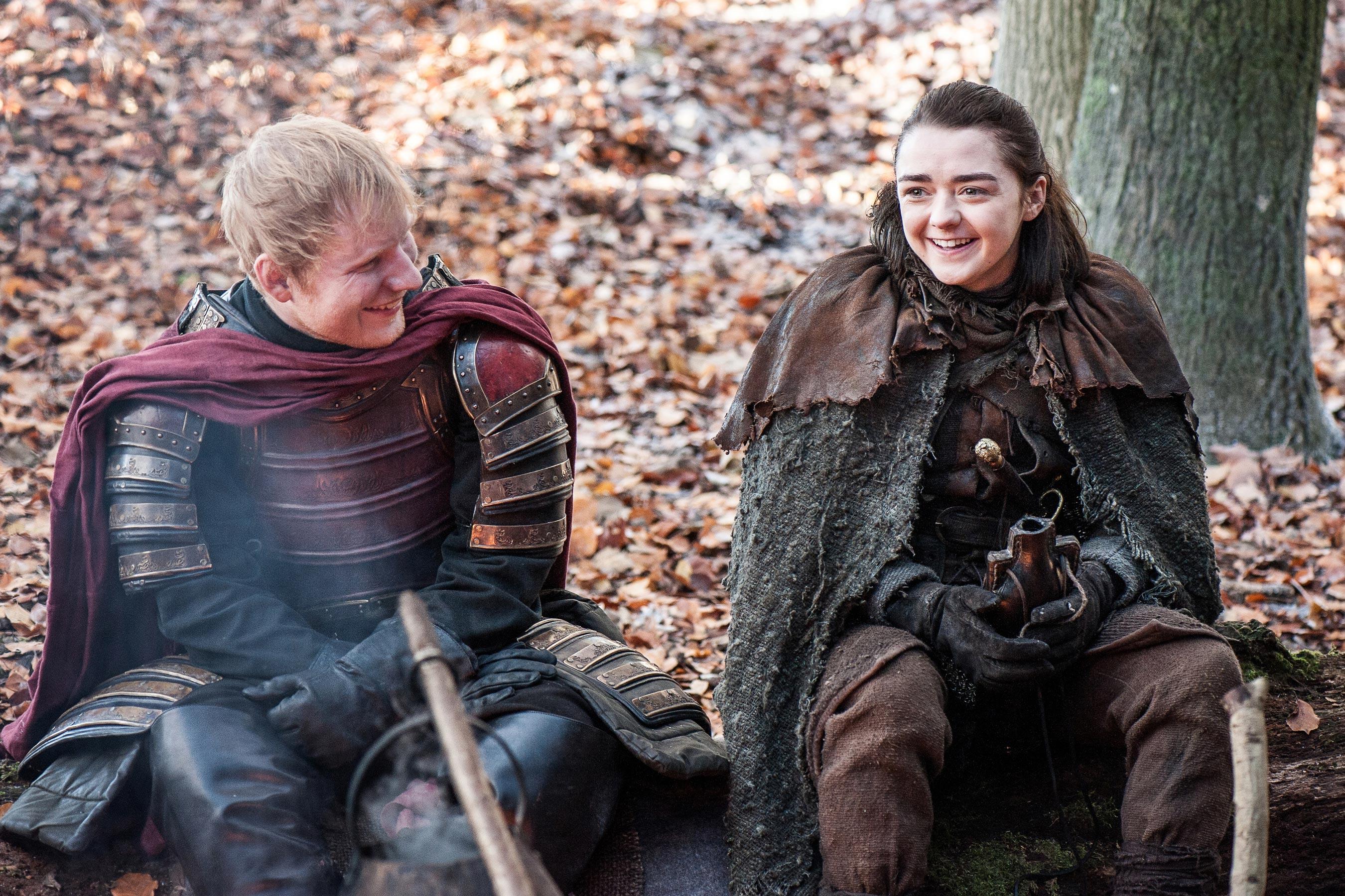 Певец Эд Ширан появился в первом эпизоде седьмого сезона сериала «Игра престолов» — ФОТО