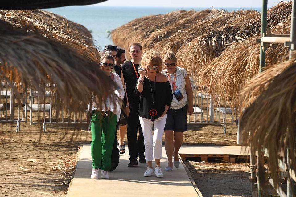 Алле Пугачевой стало плохо из-за жары в Баку – ФОТО
