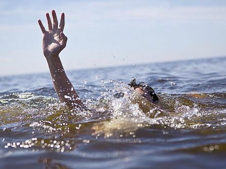 В Шемкире 16-летний подросток утонул в водном канале