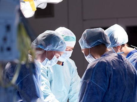 СМИ: в России до конца 2018 года появится робот-хирург для лечения рака