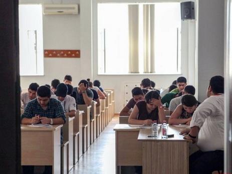 В Азербайджане проводятся вступительные экзамены в вузы по II и III группам специальностей