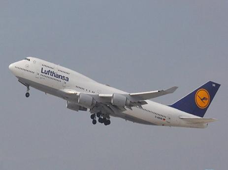 Самолет Lufthansa, летевший в Ирак, изменил маршрут из-за жары