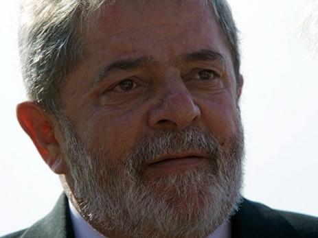 В Бразилии суд заморозил счета экс-президента, осужденного за коррупцию