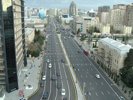 Кардинально меняется схема движения по одной из самых оживленных улиц Баку