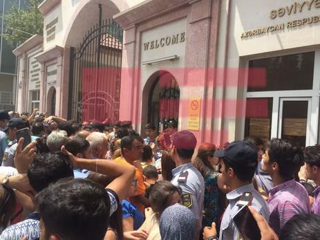 МЧС распространил заявление в связи с пожаром в Баку — ФОТО — ОБНОВЛЕНО
