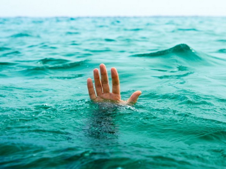 В Агсу два малолетних ребенка утонули в канале