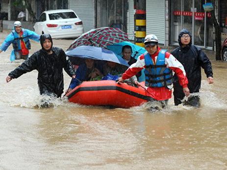 Наводнение в китайской провинции Юньнань унесло жизни десяти человек