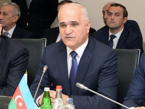 Глава Минэкономики: в Азербайджане растет число предприятий по выпуску фармацевтической продукции