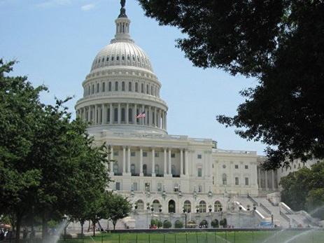 Сенат может не успеть принять санкции против РФ до каникул, сообщили СМИ