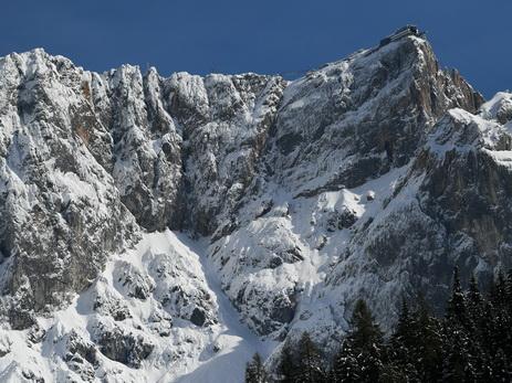 Во французских Альпах нашли останки жертв авиакатастрофы 50-летней давности