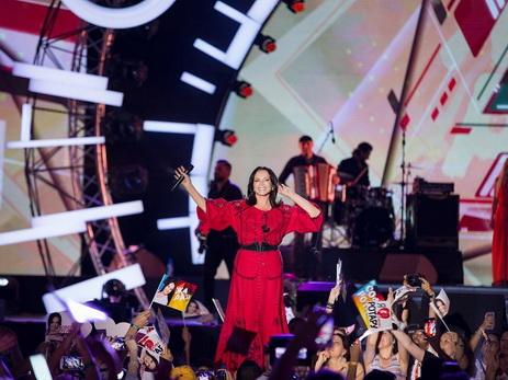 София Ротару презентовала на «Жаре-2017» песню, посвященную Азербайджану – ВИДЕО
