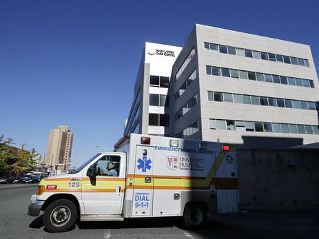 В США скончались двое детей, оставленные родителями в машинах на жаре