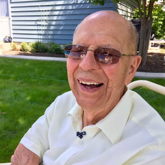 94-летний вдовец построил бассейн для соседских детей, чтобы не быть одиноким – ФОТО – ВИДЕО