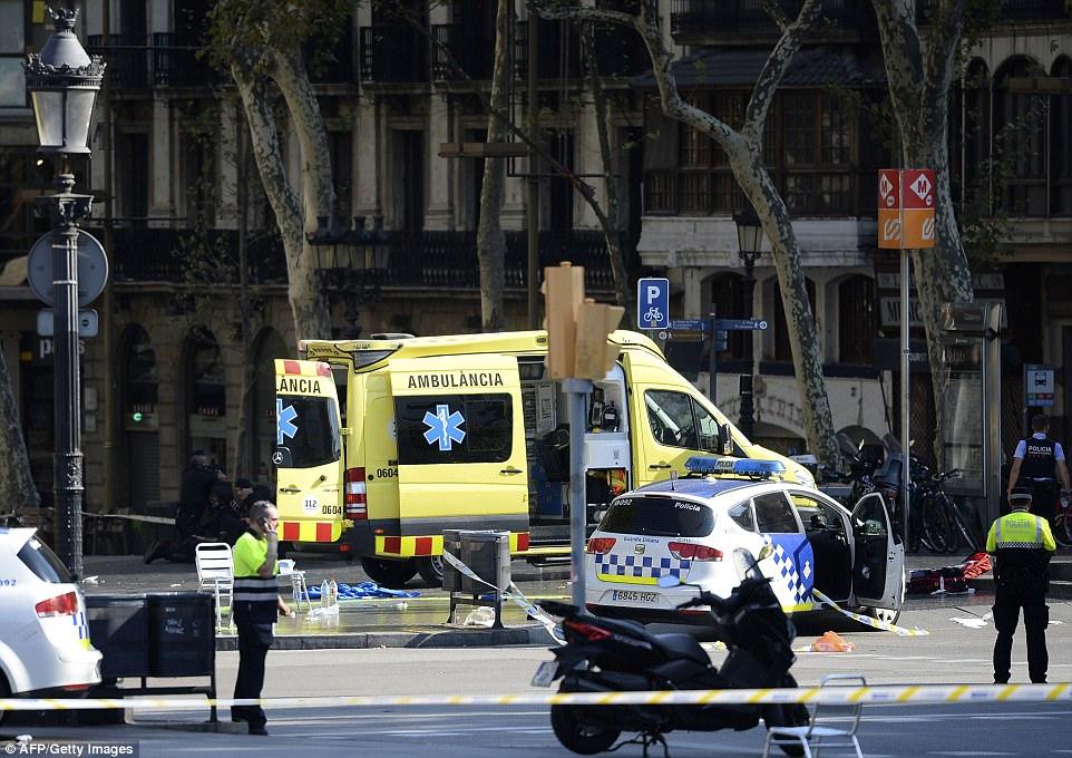 В Барселоне в результате теракта погибли 13 человек — ФОТО — ВИДЕО — ОБНОВЛЕНО