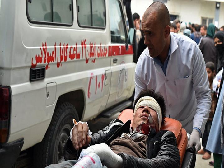 В Афганистане при взрыве в мечети погибли 20 человек