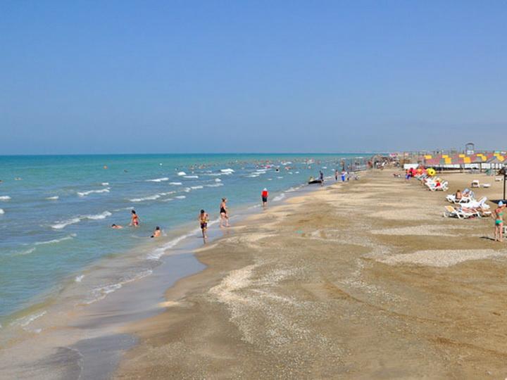 МЧС АР предупредило граждан о необходимости соблюдения безопасности на пляжах – ВИДЕО
