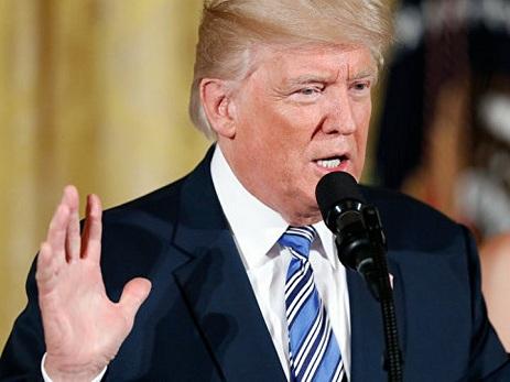 Трамп подписал закон об антироссийских санкциях