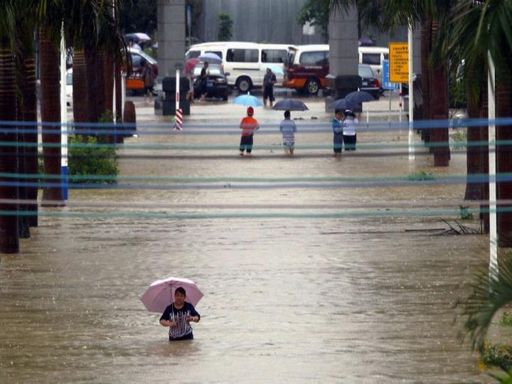 Ливневые дожди на юге Китая привели к гибели 10 человек
