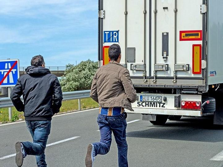 В Бельгии в фургоне-рефрижераторе обнаружили 17 нелегальных мигрантов