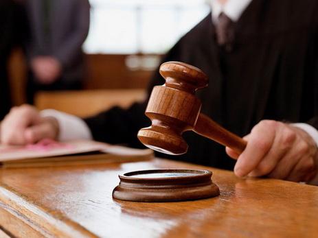 Суд оставил под арестом бывшего свекра Ройи, арестованного за мошенничество