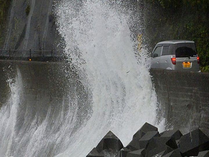 Около 260 авиарейсов отменили в Японии из-за тайфуна