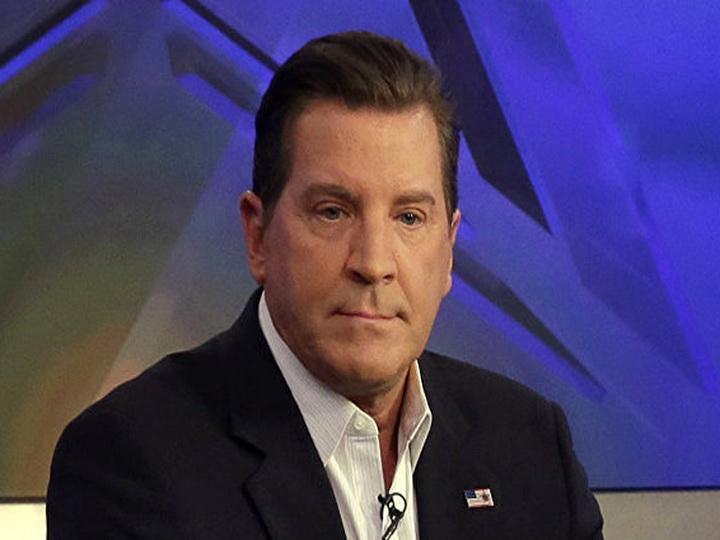 Ведущего Fox News отстранили от работы за рассылку непристойных фото