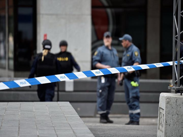 Три человека пострадали в Швеции в результате нападения на акцию мигрантов