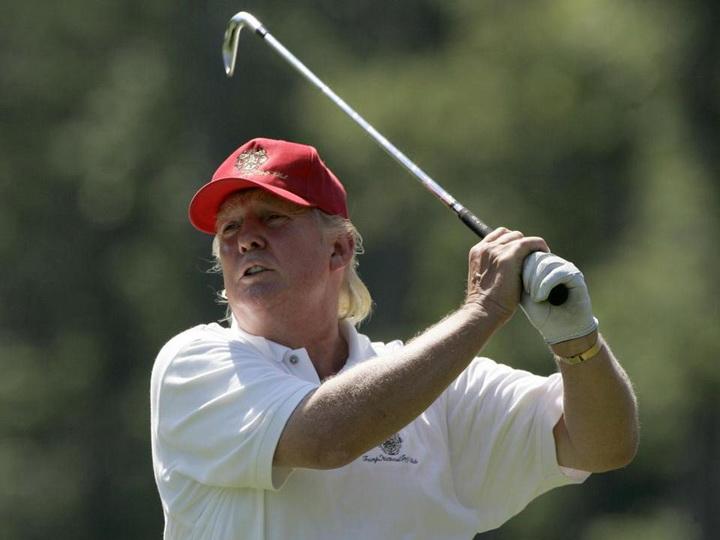 NBC: Трамп около четверти президентского срока провел в гольф-клубах