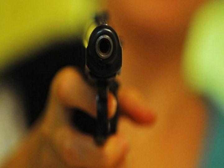 СМИ: в Полтаве в результате стрельбы на пляже погиб мужчина и ранен ребенок