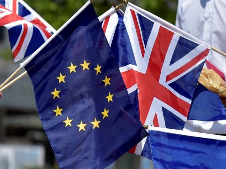 Великобритания в марте 2019 года выйдет из ЕС и одновременно покинет его общий рынок