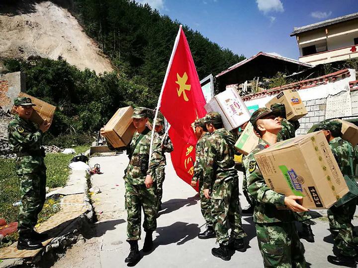 Число жертв землетрясения в Сычуани возросло до 25