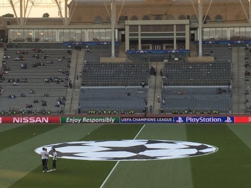 «Карабах» на старте исторического матча — ОБНОВЛЯЕТСЯ