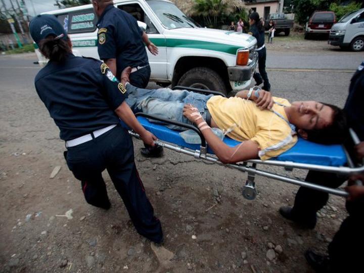 В результате вооруженного нападения на больницу в Гватемале погибли шесть человек