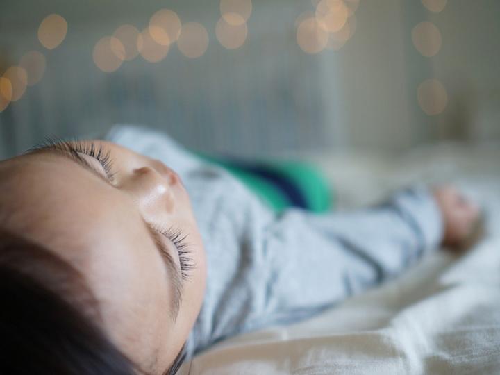Часовой недосып повышает риск развития диабета у детей
