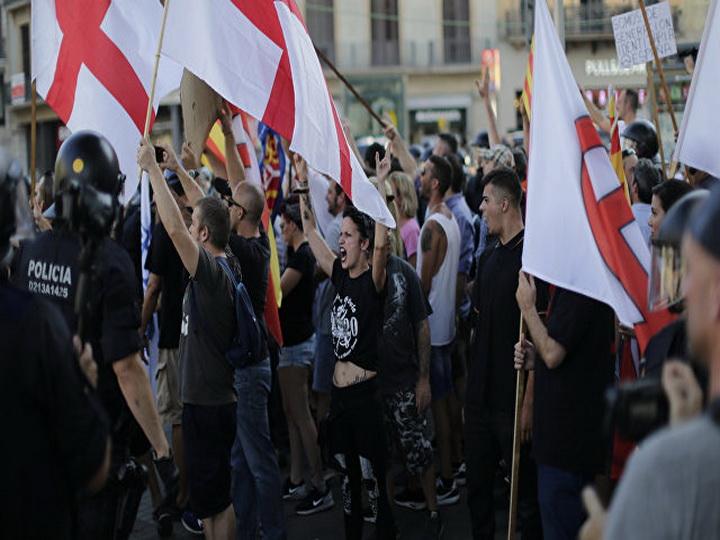 Испанские ультраправые проводят акции против мусульманской общины в стране