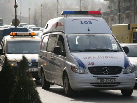 В Азербайджане полковник погиб в ДТП, врезавшись в грузовик - ВИДЕО