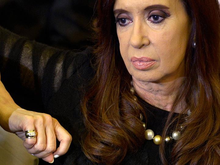 Суд Аргентины разрешил расследование о госизмене против экс-президента Киршнер