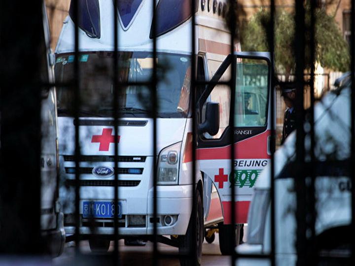 В Китае микроавтобус попал в ДТП, погибли пять человек