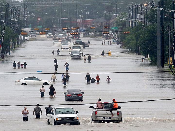 Число жертв урагана «Харви» в США выросло до 44