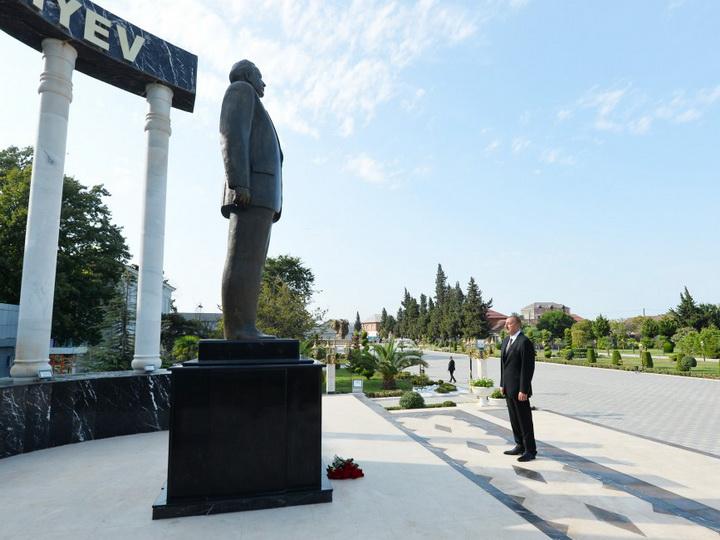 Президент Азербайджана прибыл в Лянкяранский район — ФОТО