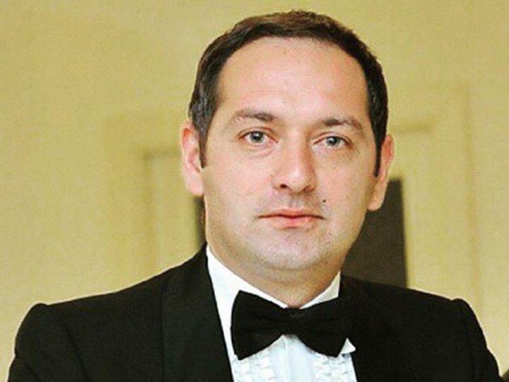 В Баку ограбили дом известного актера