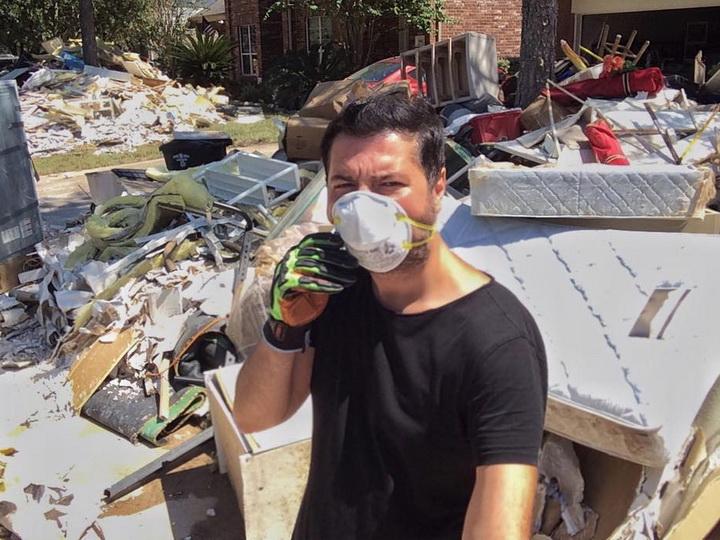 Азербайджанский телеведущий показал разрушенный ураганом Хьюстон – ФОТО – ВИДЕО