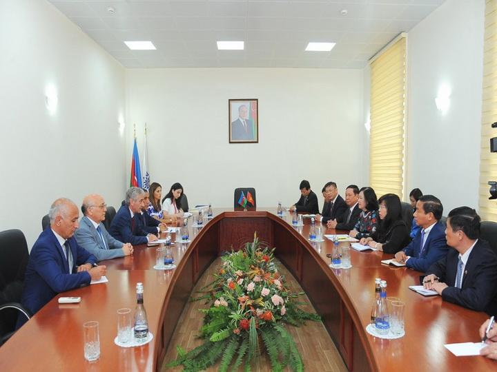 Али Ахмедов: Азербайджан и Вьетнам связаны тесными узами